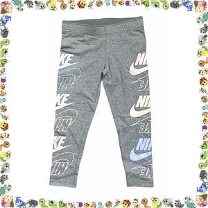 Nike Girl's Sportswear Futura Stack Leggings